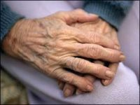 Advocate_Old-People-Hands