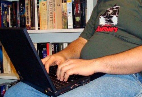 JovenComputadora_AutorFBellon_CC-BY-2.0