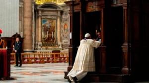 ConfesionFrancisco_LOsservatoreRomano_021215
