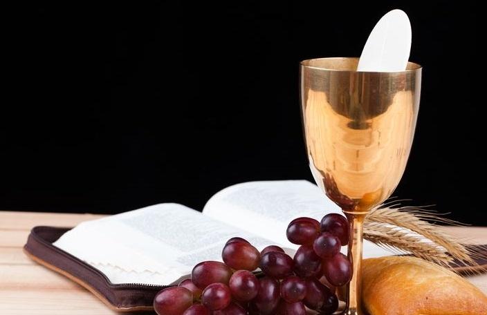Os Santos e a Eucaristia | Cléofas