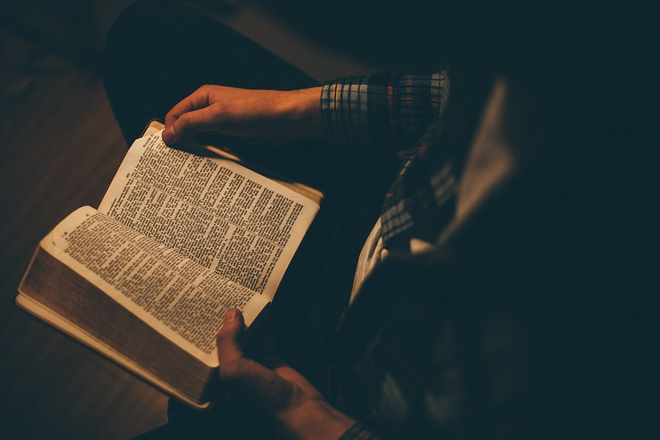 Setembro O Mês Da Bíblia Cléofas