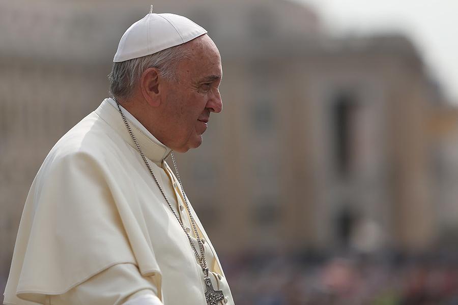 Pope_Francis_2_at_